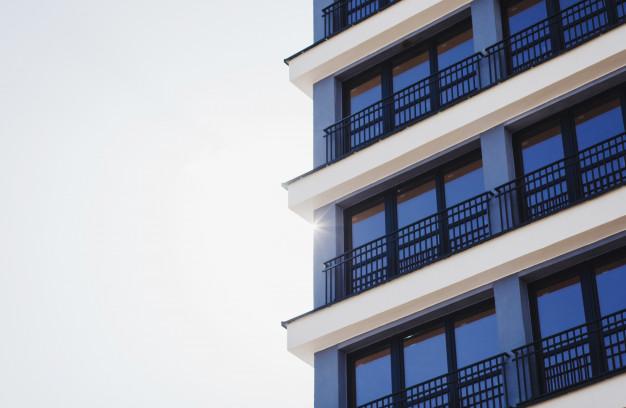 edificio-de-apartamento-de-luxo_84738-3325