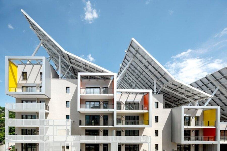 complexo-de-edificios-residenciais-e-autossuficiente-em-agua-e-energia-na-franca