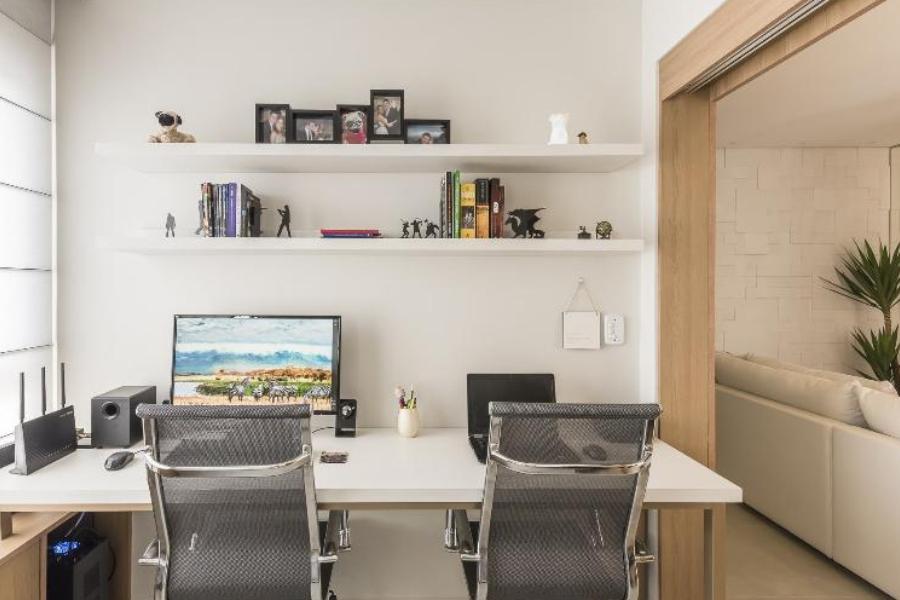 Home office, projeto Thais Schiavo Arquitetura e Interiores. Imagem: Amauri Fujii